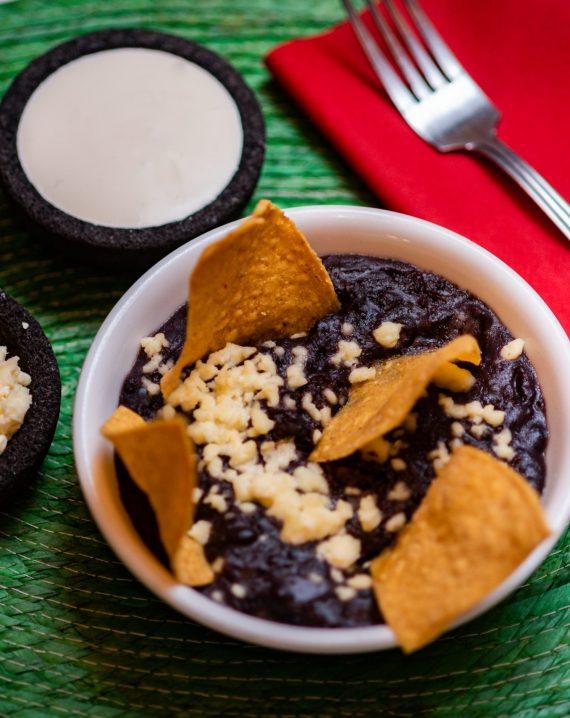 Refried Black Beans / Frijoles Negros Refritos-603