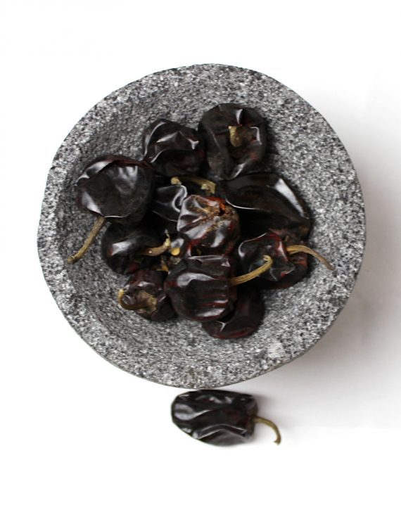 Dried Cascabel chile / Chile seco cascabel-0
