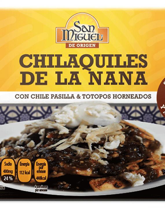 Chilaquiles with Pasilla Chilli Sauce / Chilaquiles con salsa de chile pasilla-0