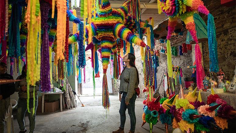 Mercado de Piñatas, Piñatas Pinata Market